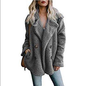 Fuzzy oversized jacket - grey